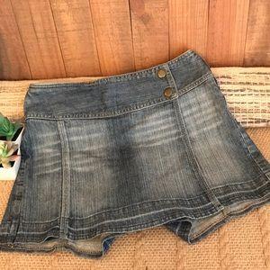 Cache Jean skort size 0